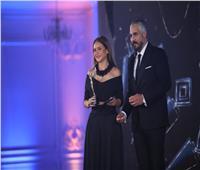 نيللي كريم أفضل ممثلة دراما لعام 2020.. وتهدي الجائزة لهؤلاء| فيديو