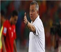 «غريب» يتحدث عن «الفوز التاريخي» على البرازيل.. ويوجه رسالة لـ«البدري»