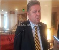 خاص| وزير قطاع الأعمال يكشف موعد صناعة السيارات الكهربائية في مصر
