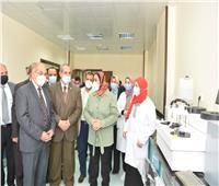 رئيس جامعة أسيوط يشهدافتتاحات جديدة بمعهد جنوب مصر للأورام