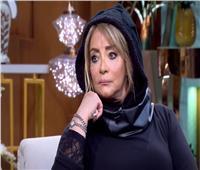 فيديو| شهيرة: خدمت محمود ياسين في مرضه «عشان ميتكشفش على غريب»