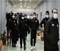 الأهلي يصل إلى ملعب برج العرب لمواجهة أبو قير