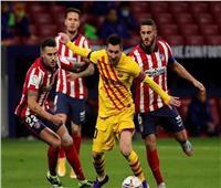 أتلتيكو مدريد يصدم برشلونة في الشوط الأول