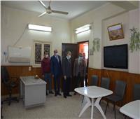 محافظ المنيا يتابع جاهزية بعض اللجان استعداد لانتخابات النواب