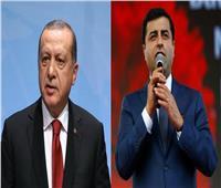 صلاح الدين دمرداش.. «خصم أردوغان» الذي يدفع ثمن دفاعه عن الأكراد