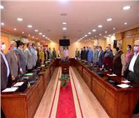 «أسيوط» تناقش الاستعدادات النهائية لجولة الإعادة بانتخابات «النواب»