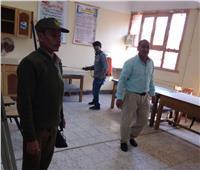 تعقيم اللجان الإنتخابية بقرى مركز الزيتية بالأقصر