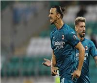 «إبراهيموفيتش» يقود ميلان أمام نابولي لاستعادة قمة «الكالتشيو»
