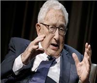 كيسنجر يحذر بايدن من حرب طاحنة بين أمريكا والصين «غير قابلة للسيطرة»