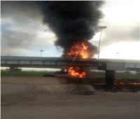فيديو | تفحم سائق وتباع في حريق سيارة مواد بترولية بأسيوط