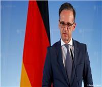 ألمانيا وبريطانيا وفرنسا تحث إيران على وقف انتهاك الاتفاق النووي