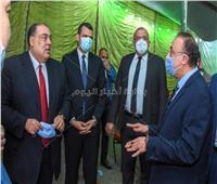 محافظ الإسكندرية يتفقد اللجان العامة لتأمين وإتمام فرز الأصوات