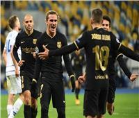 فيديو| برشلونة يكتسح دينامو كييف ويتأهل لثمن نهائي دوري الأبطال