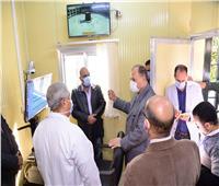 محافظ أسيوط يتفقد وحدة التشخيص «عن بعد» في مستشفى الصدر