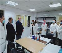 محافظ القاهرة يتابع مصابين كورونا بمستشفى الصدر