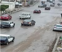 أمطاررعدية غزيرة بالغربية والدفع بسيارات شفط المياه.. صور