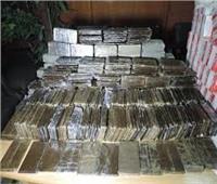 ضبط تاجري مخدرات بالعاشر وبحوزتهما ١٦٢ طربة حشيش