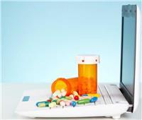 «الصيادلة»: بلاغ ضد 8 تطبيقات ومواقع إلكترونية تبيع أدوية عبر الإنترنت
