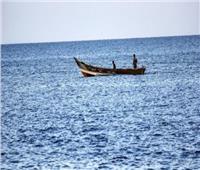 التحالف العربي يعلن إحباط هجوم حوثي وتضرر سفينة تجارية بالبحر الأحمر