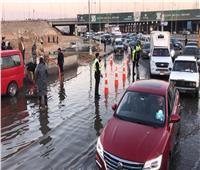 خدمات مرورية مكثفة على الطرق السريعة لتذليل العقبات لمواجهة الأمطار