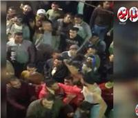 احتفالات من أنصار المرشحين الفائزين بانتخابات سوهاج.. فيديو