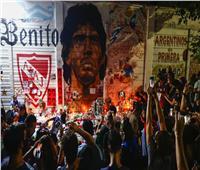 جثمان مارادونا يصل قصر الرئاسة الأرجنتيني