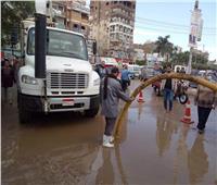 سيارات لشفط تجمعات مياه الأمطار بمراكز المنوفية
