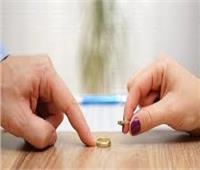 حكايات| فسخ عقد الزواج.. رجل يكتشف «جنون» زوجته