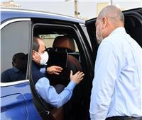 الرئيس السيسي يتفقد مشروعات الطرق.. ويوجه بإنشاء تجمعات سكنية «أهالينا3»