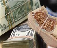 سعر الدولار يرتفع 4 قروش أمام الجنيه المصري خلال تعاملات الأسبوع