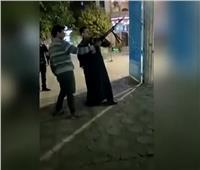 عمرو أديب ينتقد احتفال أنصار الفائزين بالنواب بإطلاق أعيرة نارية.. فيديو