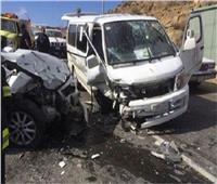 إصابة 9 أشخاص في تصادم سيارتين ببني سويف