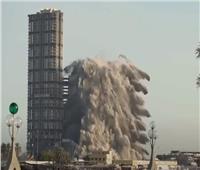 هدم 144 طابقا بتقنية المتفجرات الثابتة في أبو ظبي.. فيديو