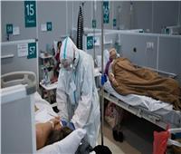 العلماء يكشفون سبب الالتهاب الرئوي لدى مصابي كورونا