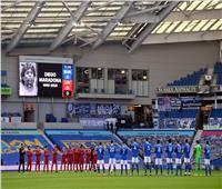 دقيقة حداد على رحيل مارادونا قبل انطلاق مباراة ليفربول وبرايتون.. صور