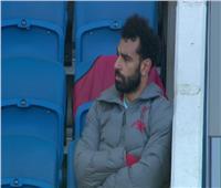 فيديو| الغضب يسيطر على محمد صلاح بعد استبداله بـ«ماني»