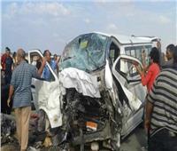 إصابة 11 شخصا إثر انقلاب سيارة بأسوان