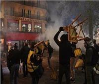 فرنسا: إصابة 37 شرطياً في اشتباكات مع محتجين بباريس