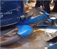 إصابة 5 أشخاص في تصادم ميكروباص ودراجة نارية بـ«المحلة»