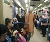 إذاعة المترو: الغرامة تنتظر أي راكب ينزع «الكمامة»