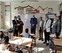 وكيل تعليم القليوبية يتفقد مدارس العبور وشرق شبرا