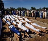 نيجيريا تدفن عشرات المزارعين