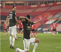 بقيادة كافاني..مانشستر يونايتد يفوز دراماتيكي على ساوثهامبتون في البريميرليج