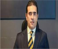 دفاع «أحمد بسام زكي» يطالب بإيقاف المحاكمة لحين الفصل في الجناية