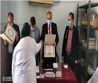صحة المنيا تكرم الفرق الطبية والعاملين بالمبادرات الرئاسية 100 مليون صحة