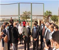 وزير الرياضة يتفقد ملاعب جامعة الأزهر ويعد بإنشاء حمام سباحة