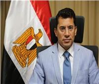 وزير الرياضة يبحث مع النائب طارق تهامي ملف مراكز الشباب