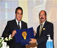 «عبدالغفار» يشدد على تطبيق الإجراءات الاحترازية في امتحانات نصف العام