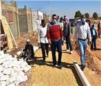 دفع قيمة التصالح في مخالفات البناء لـ١٤٢ من الأسر غير القادرة بأسوان