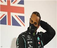 بعد ساعات من تتويجه.. إصابة بطل العالم لسباقات «الفورمولا 1» بكورونا